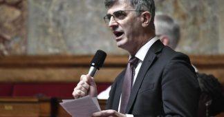 Retraites. Le co-rapporteur du projet de loi possède 360 000€ d'actions Axa