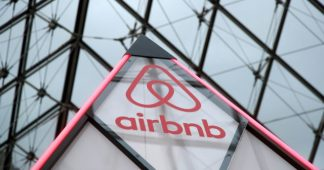 Offer free Airbnb housing to Greece's health workers during Coronavirus