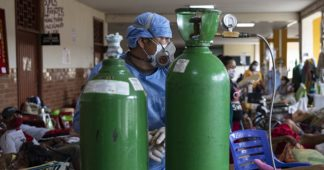 Peru's Healthcare System Collapses Under the Weight of the Coronavirus Pandemic
