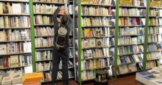 Paris: la librairie Gibert Jeune de la place Saint-Michel pourrait fermer en mars 2021