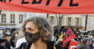 French teachers strike in protest at Covid-19 risks