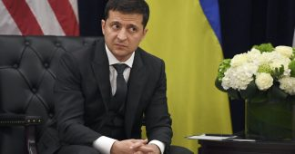 Kommersant: Zelensky keeps hyping 'new' Donbass summit but nothing's on the horizon