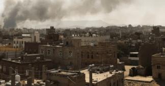 Saudi-led coalition intensifies Yemen air raids, hits grains port
