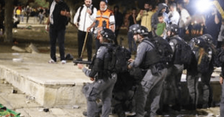 """""""Ethnic Cleansing"""": Amid Protests of Palestinian Evictions in Jerusalem, Israel Raids Al-Aqsa Mosque"""