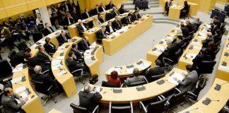 Cyprus rebels against anti-Russian sanctions