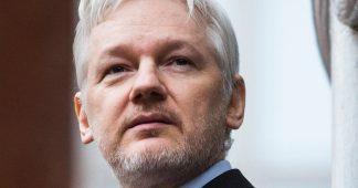 Le dernier appel de Mikis Theodorakis: Sauvez Julian Assange